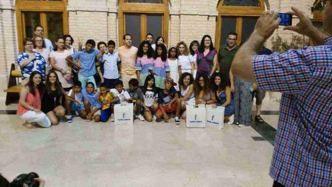 Bienvenida a los niños saharauis en sus Vacaciones en Paz