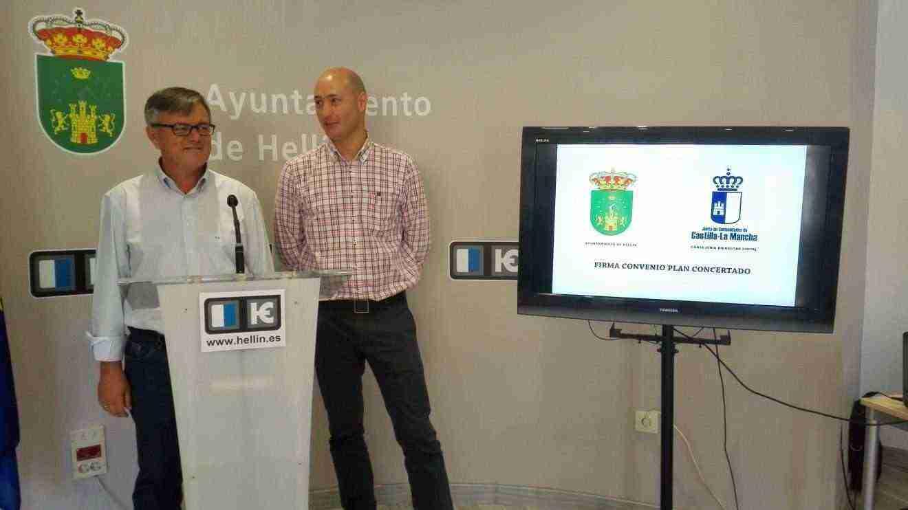 Protocolo de colaboración con el Ayuntamiento de Hellín para el desarrollo del Plan Concertado 2016