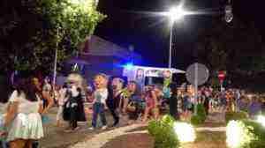 ambiente pasacalles carnaval de verano herencia 300x168 - Fotografías del Carnaval de Verano 2018 de Herencia