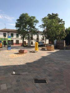 obras avenida y plaza cervantes en herencia fotos dcarrero herencia net 15 225x300 - La nueva Plaza Cervantes de Herencia pronto finalizará sus obras