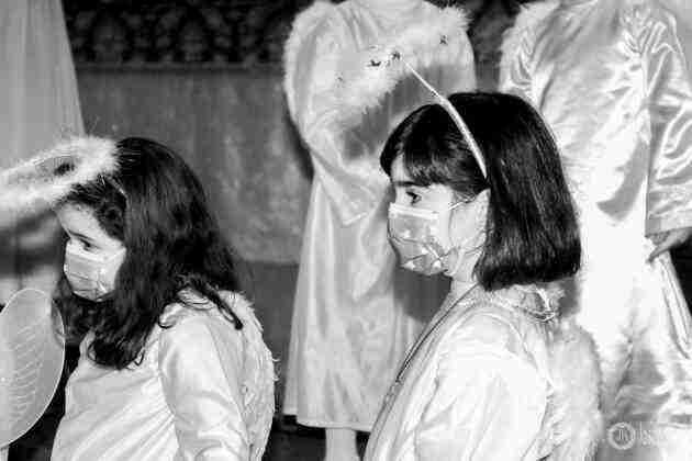 Galería fotográfica del belén viviente y misa de vigilia de Navidad 12