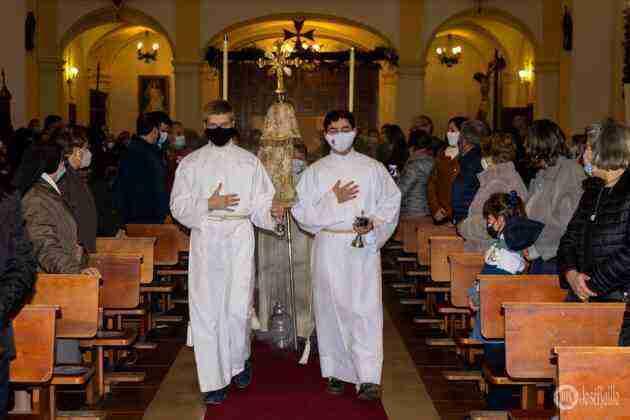 Galería fotográfica del belén viviente y misa de vigilia de Navidad 84