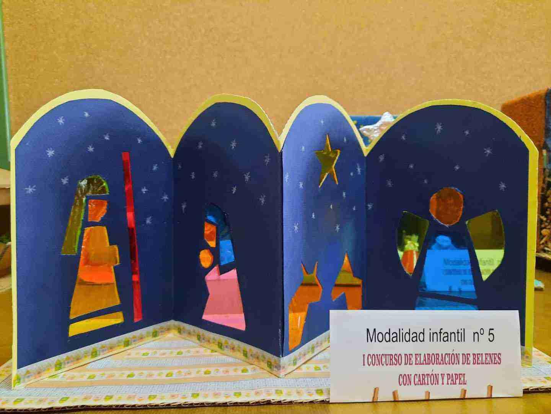 Celebrado el I Concurso de Belenes realizado con cartón y papel 30