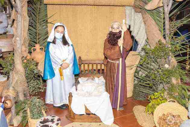 Galería fotográfica del belén viviente y misa de vigilia de Navidad 27