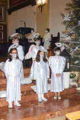 Galería fotográfica del belén viviente y misa de vigilia de Navidad 66
