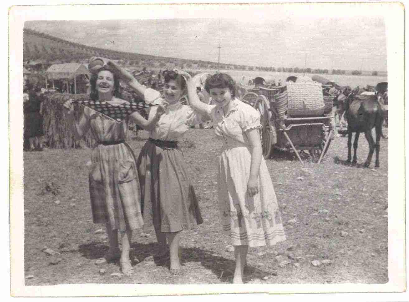 Nuevas fotografías antiguas de Herencia: Feria y la Romería 60