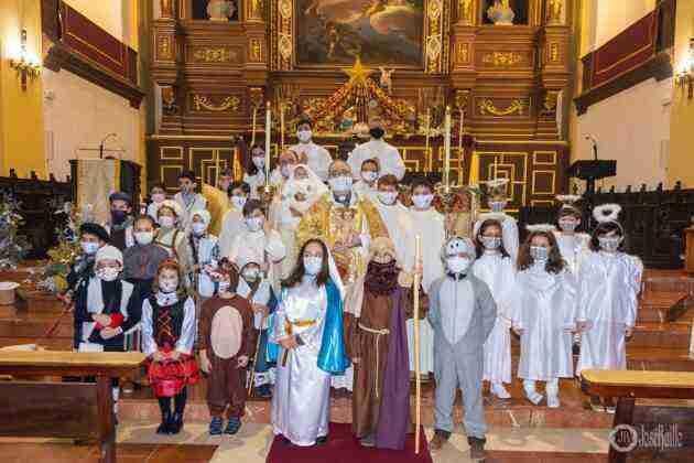 Galería fotográfica del belén viviente y misa de vigilia de Navidad 6
