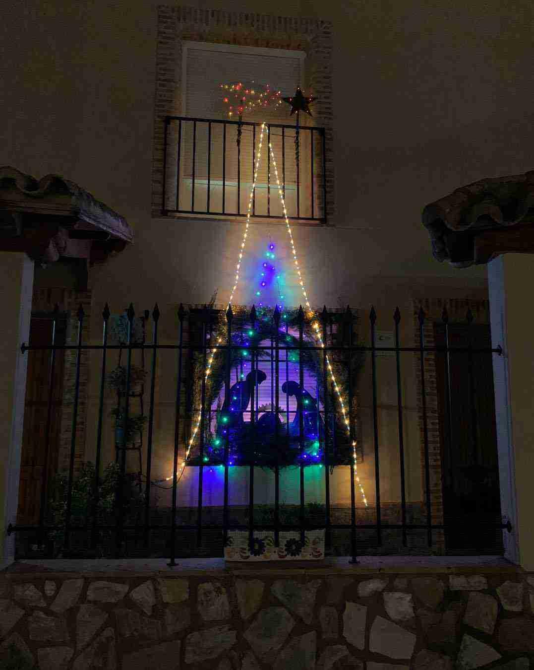 Ruta navideña del I Concurso de decoración de balcones y ventanas 4