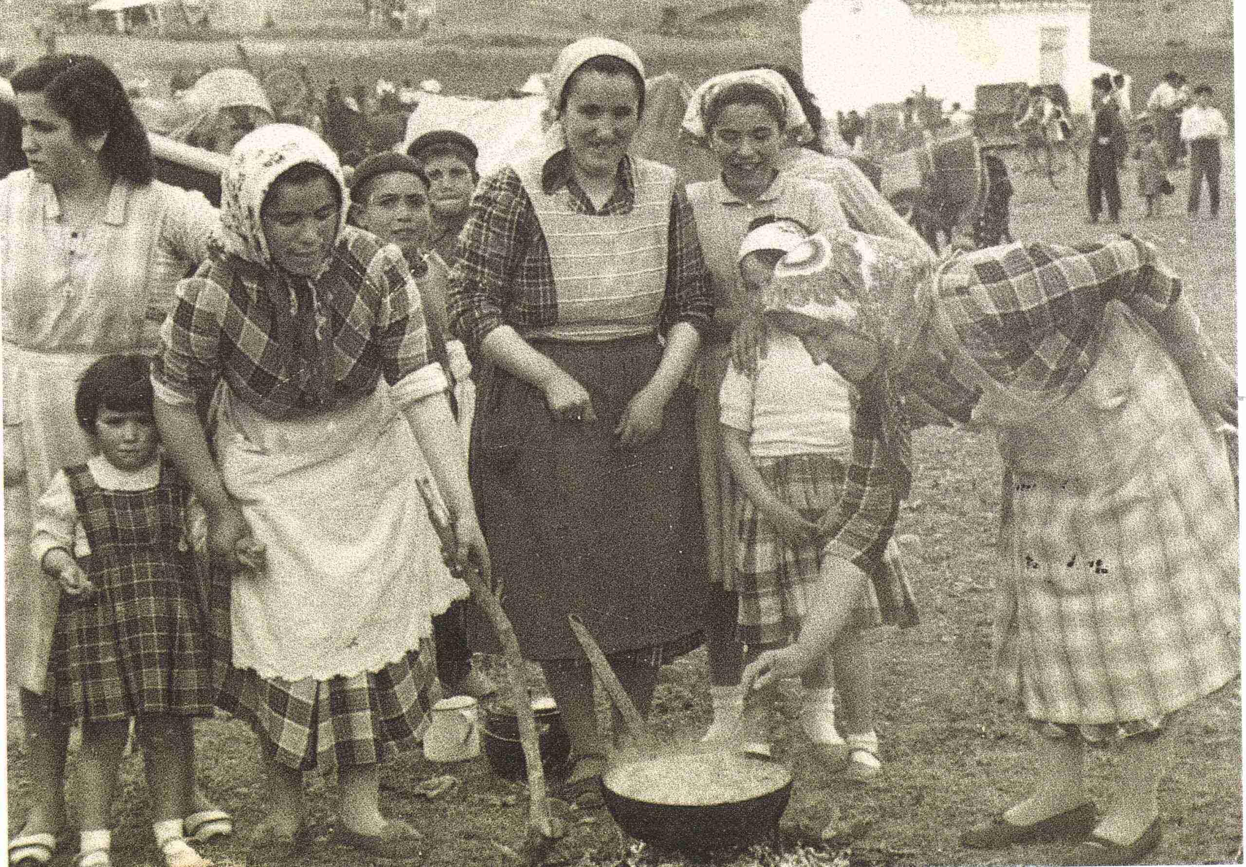 Nuevas fotografías antiguas de Herencia: Feria y la Romería 64