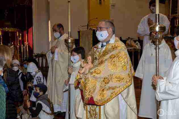 Galería fotográfica del belén viviente y misa de vigilia de Navidad 9