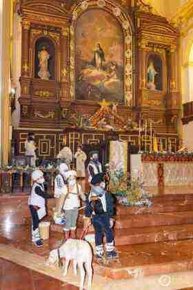 Galería fotográfica del belén viviente y misa de vigilia de Navidad 31