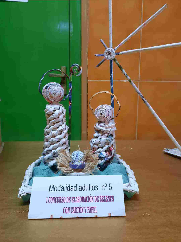 Celebrado el I Concurso de Belenes realizado con cartón y papel 27