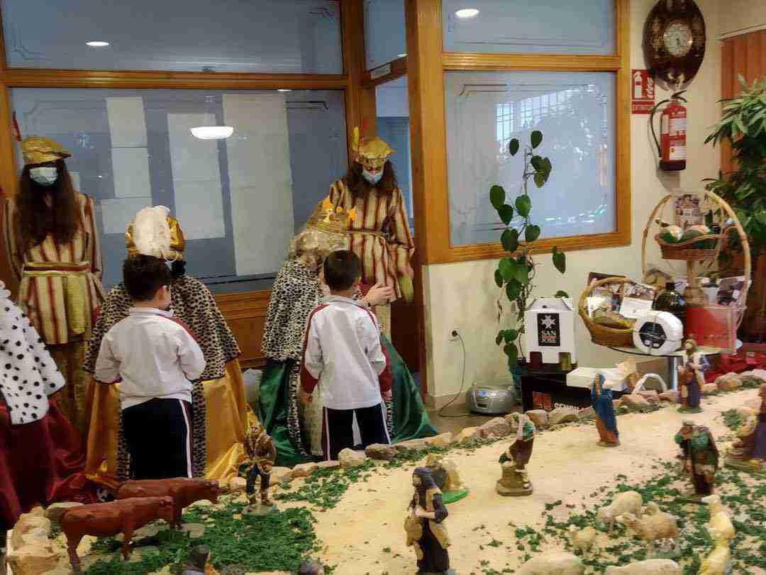 Los Reyes Magos también visitarón el Colegio de Nuestra Señora de las Mercedes 6