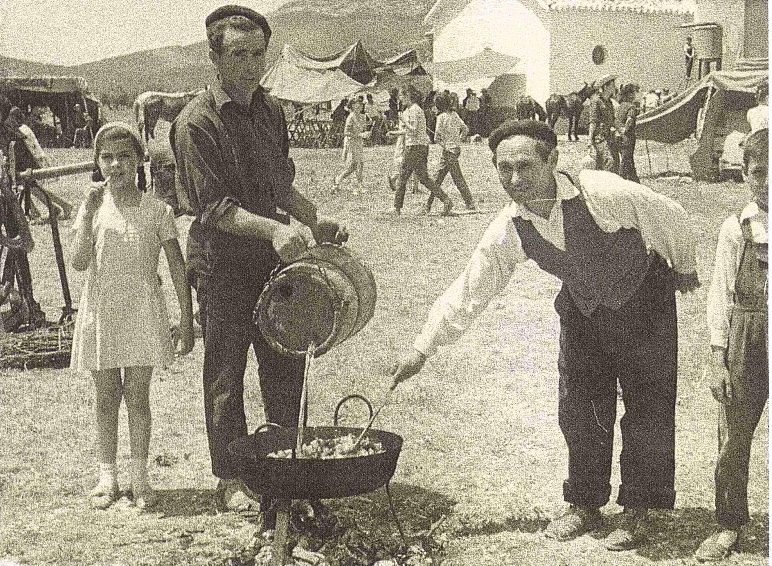 Nuevas fotografías antiguas de Herencia: Feria y la Romería 67