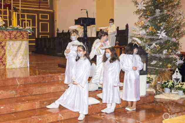 Galería fotográfica del belén viviente y misa de vigilia de Navidad 48