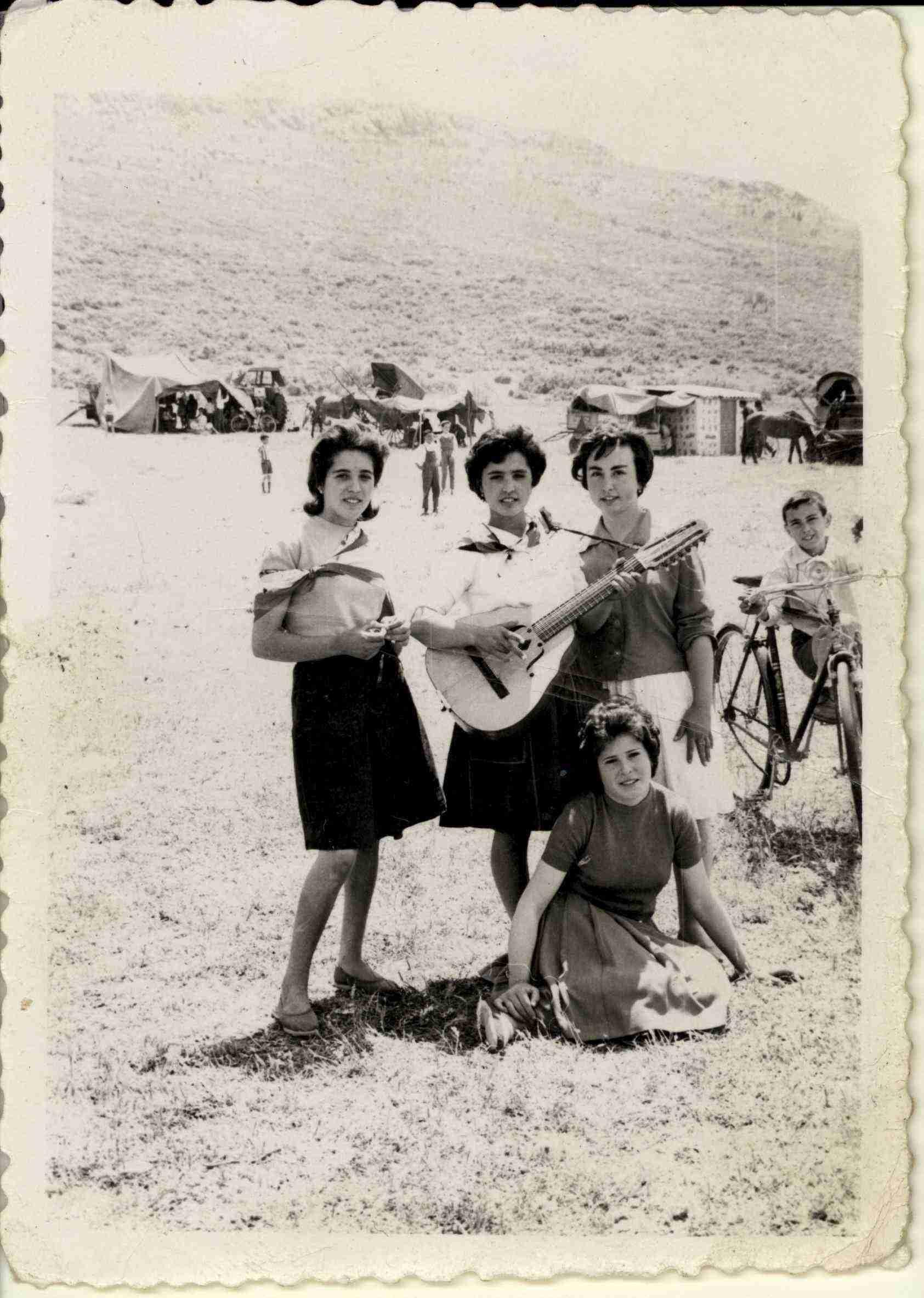 Nuevas fotografías antiguas de Herencia: Feria y la Romería 40