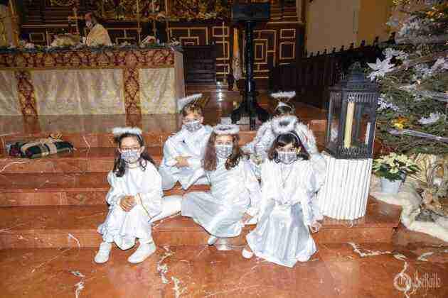 Galería fotográfica del belén viviente y misa de vigilia de Navidad 36