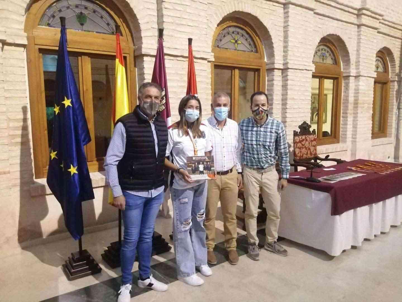 Recepción a los deportistas con medalla en el Campeonato de España de Balonmano Playa 12
